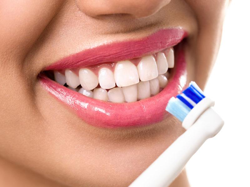Dişlerin Fırçalanması